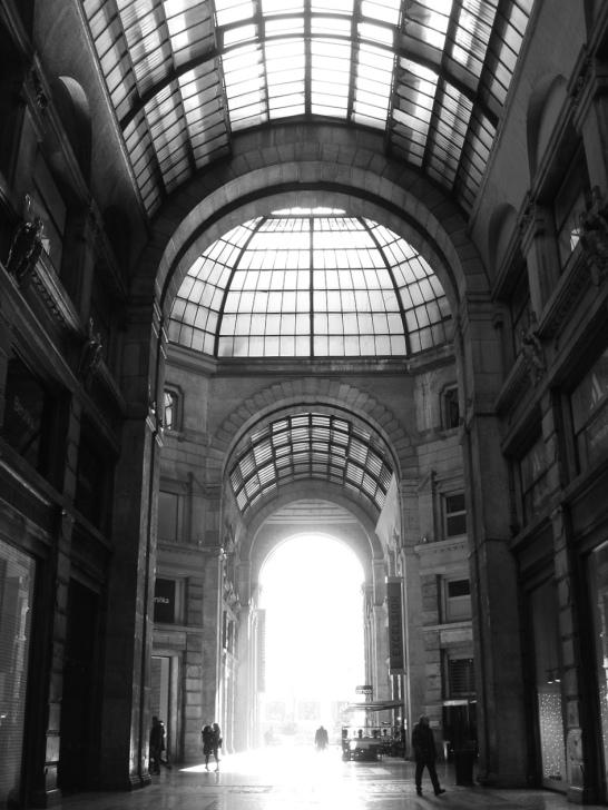 Galleria del Corso Lovely Milano